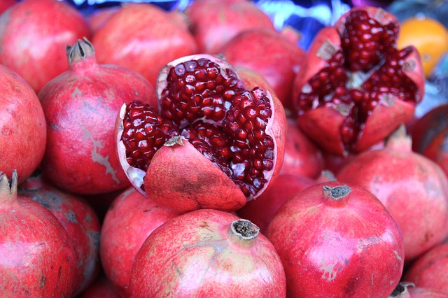 Pomegranate is another high iron fruit best for Anemia